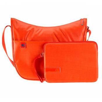 ff6de156810a4 Сумка женская Piquadro AKI/Orange наплечная бол. с чехлом д/iPad/iPad Air  BD3290AK_AR